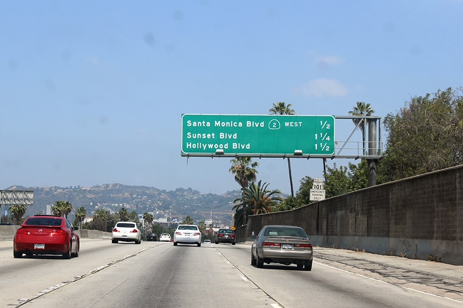 hollywood boulevard road sign