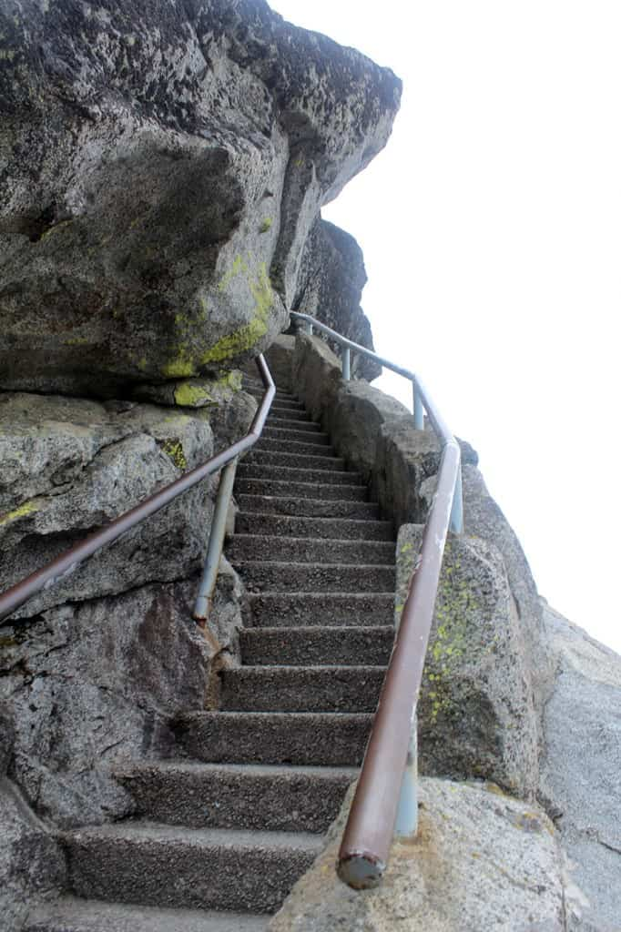 Moro Rock staircase