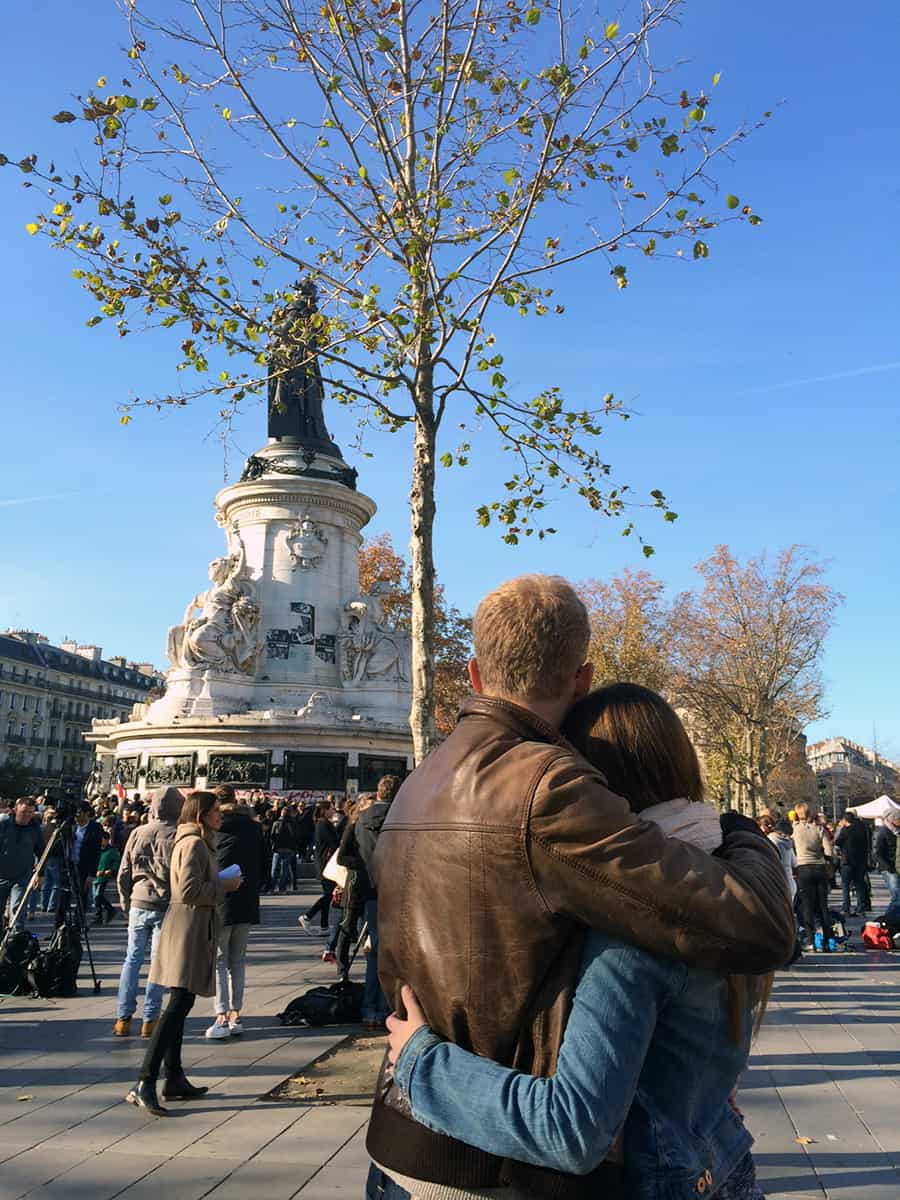 Couple in Place de la Republique in Paris after the terror attacks