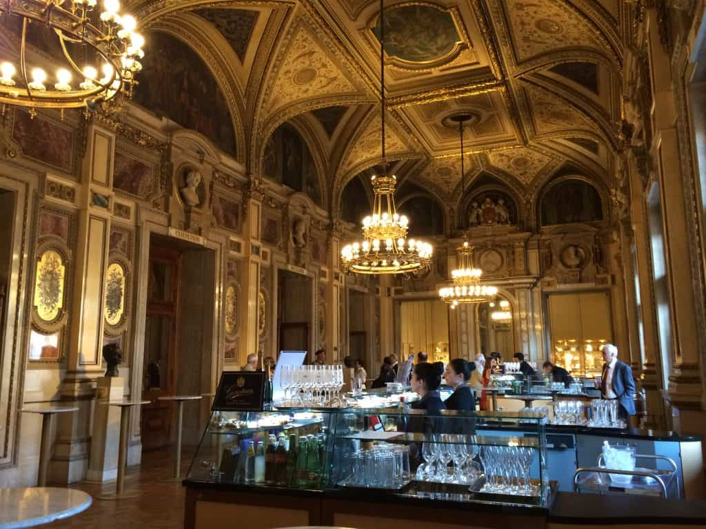 Vienna Opera House food and bar