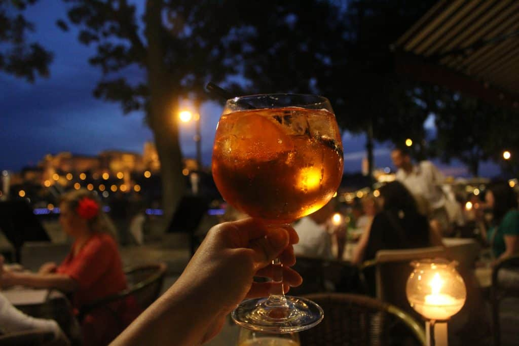 3 days in Budapest - Dubarry restaurant aperol spritz