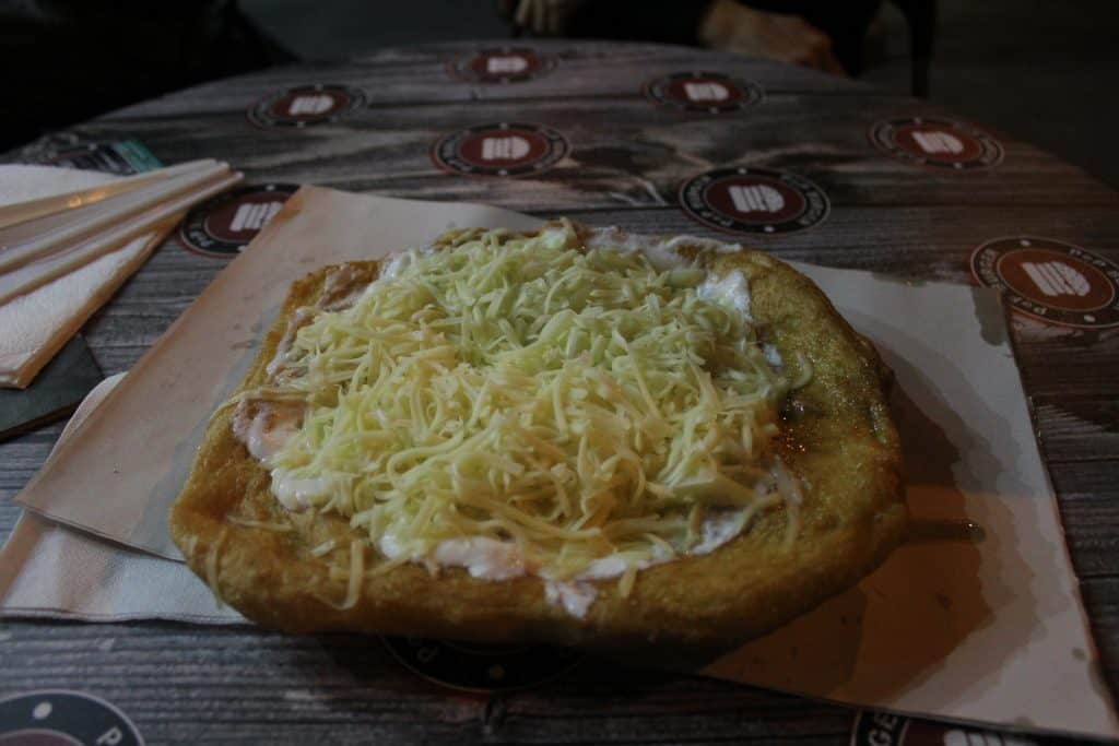 3 days in Budapest - Langos closeup