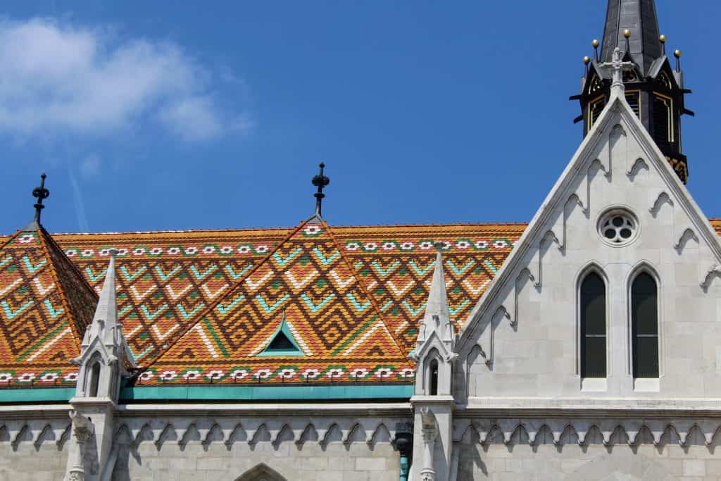 3 days in Budapest - St. Matthias Church tiled roof