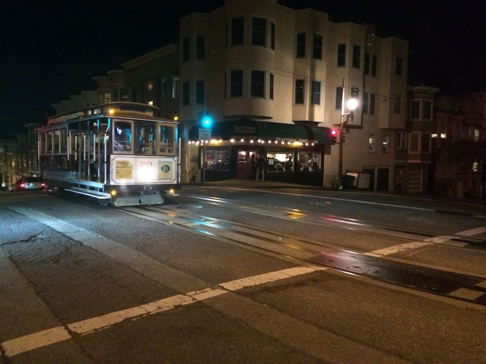 San Francisco Itinerary - Ride a cable car at night